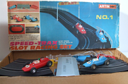 Speed-Trax - Slot racing set No. 1